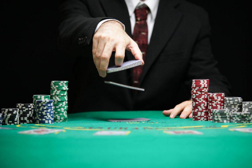 Faedah Pada Poker Online IDNPLAY